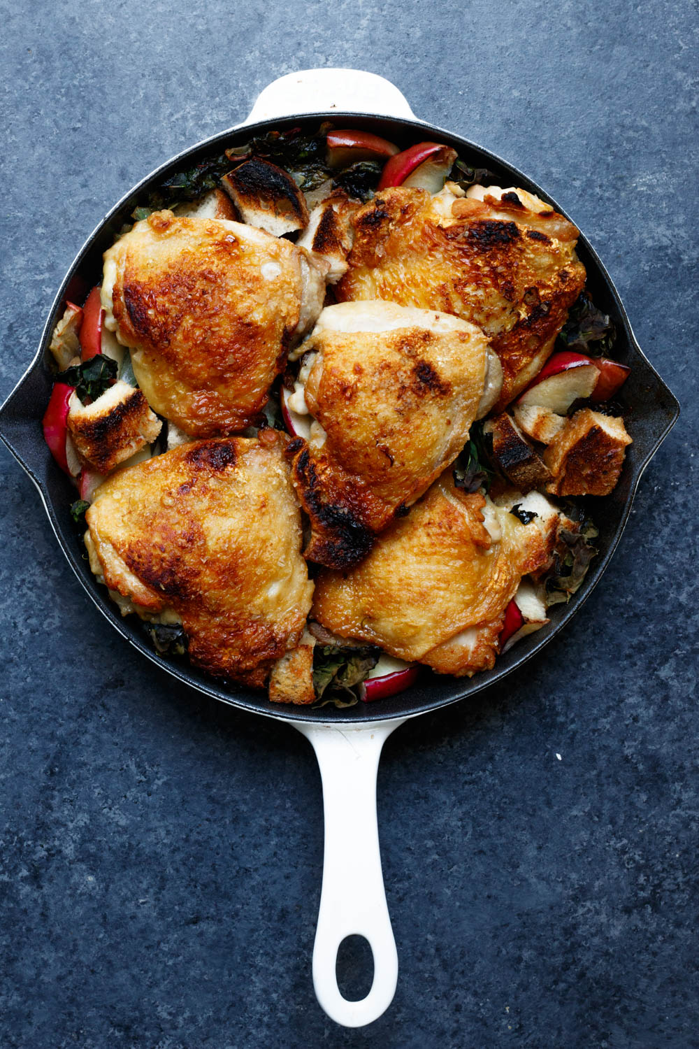 Chicken with apples and kale.jpg