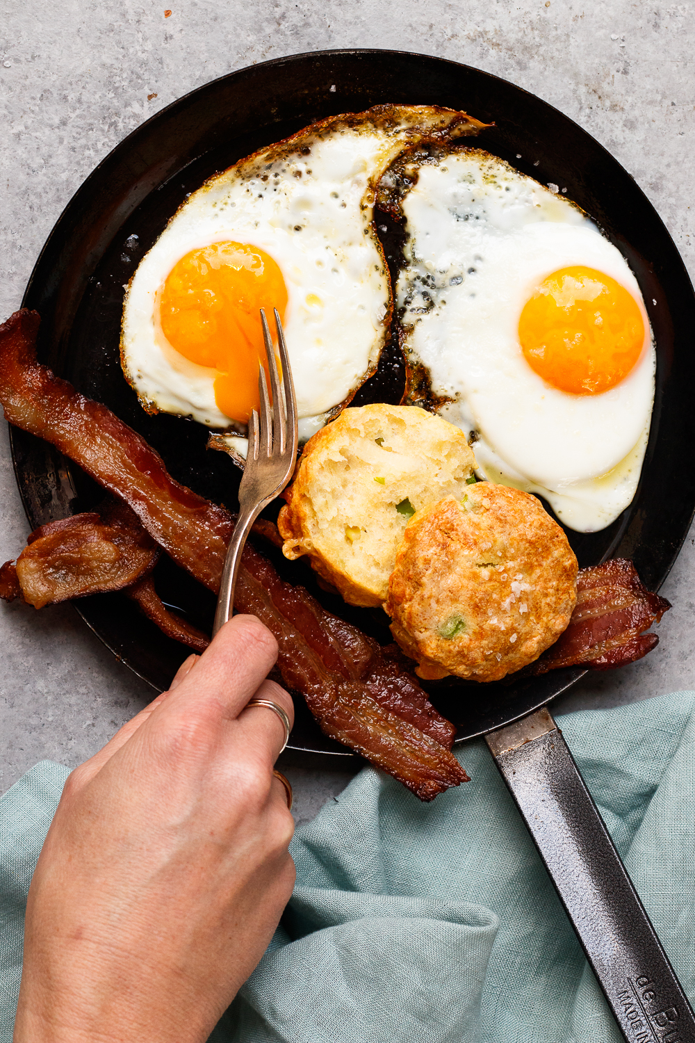 bacon and eggs (2 of 2).jpg