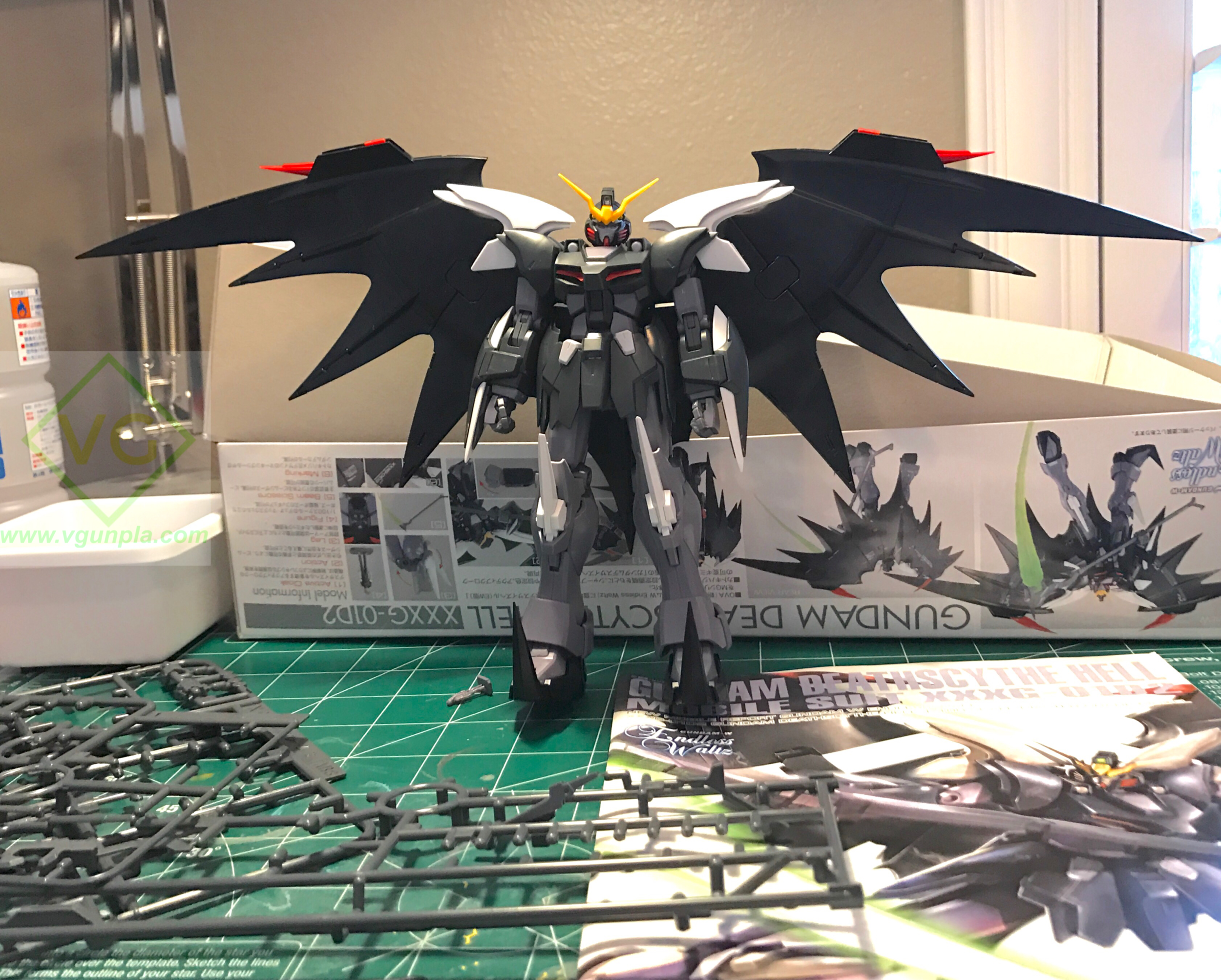 Snapped up and ready to be CUT! I like the colors for this kit. When it comes time for paint I think I'll either go with colors close to the original or something completely different. I think dark red and black would look good.