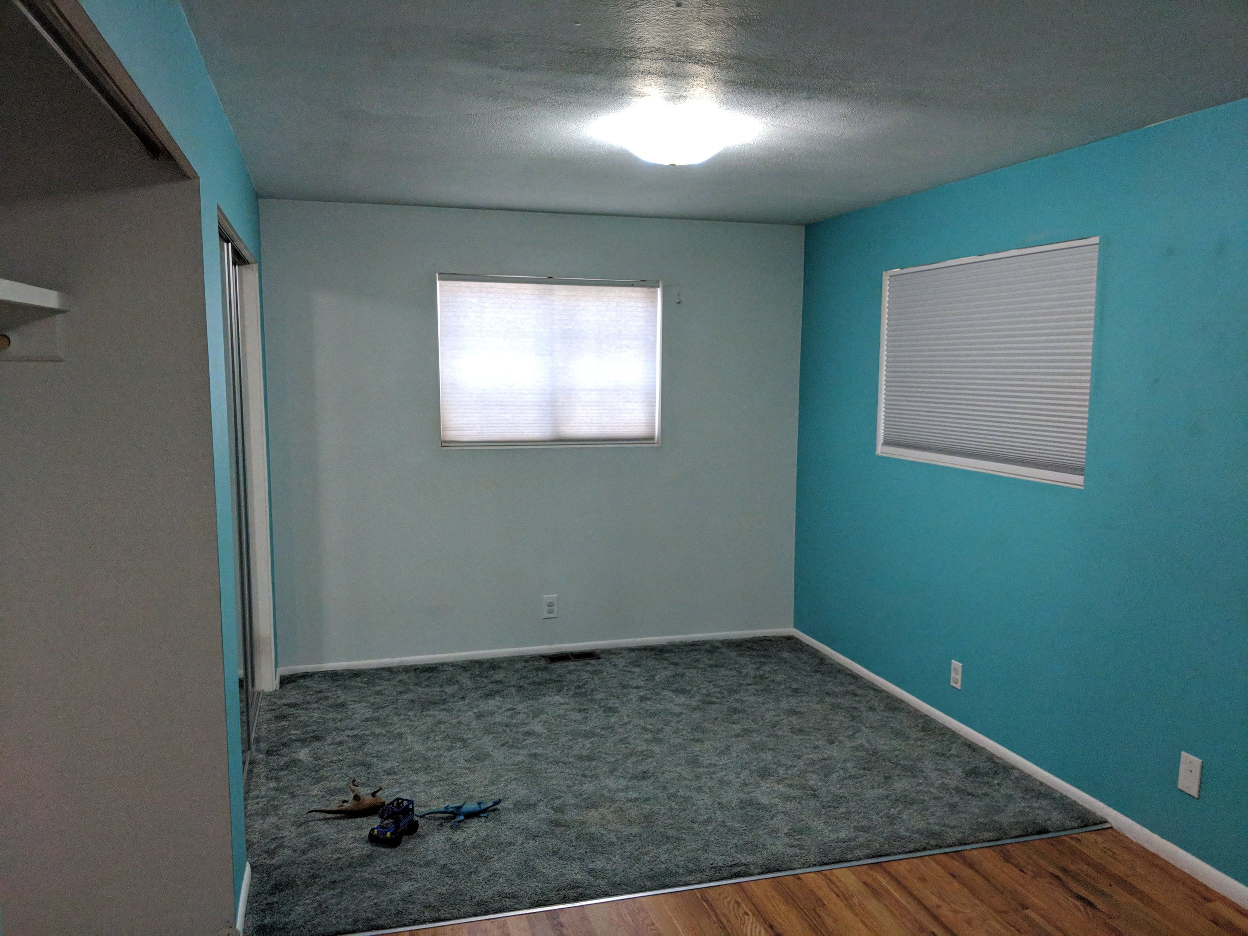 My future workspace! I'll be painting the walls first, that blue has got to go!