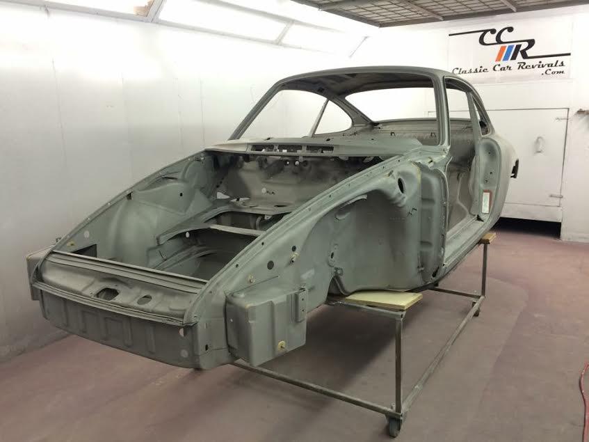 Porsche 911 shell after blasting