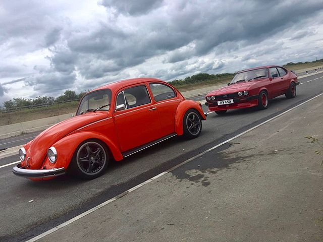 After washing the bug with Bella I went for a drive for the first time since the dyno! Met up with Rob who had a 600hp LS turbo Capri. Needless to say we had fun! Watch the video with the sound on 🐌💨 #ccr #ccruk #boost #turbo #garrett #boostislife #beetle #turbobeetle #vwmafia #volksworld #capri #LS #LSturbo #classicbeetle