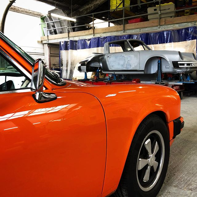 Today was a good day in the 'shop #CCR #CCRUK #porsche #porsche911 #classicporsche #aircooled #luftgekühlt #restoration #metalwork #freshpaint #porsscheworld #porscheclubgb #jazporsche #flat6 #lovemyjob #celette #targa #911targa