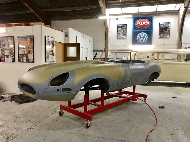 Another super busy week in the workshop this week! S1 OTS in from Moss for full paint, it's now sat in the prep bay along with the '59 Ghia. The '68 Bay is all painted now and you can see Dave polishing the doors before they're hung. Porsche 911S in from Jaz for some remedial metalwork, but as is often the case the deeper you dig, the more rust and poor repairs you find. A nice '73 Bay popped in for some MOT work, followed by the yellow '78 we restored 18 months ago. Our own '71 Bay (Nev) found his way on to the ramp for a service. I feel terrible that I've not managed to service it since I built it (3 years ago) so we gave him a full check up! Finally the green '78 Bay was dropped off for a service today, which is a van we restored nearly 8 years ago and still looks great! Time for us to go camping! Have a good weekend everyone ☀️☀️☀️#CCR #ccruk #jaguar #etype #jaguaretype #classicjaguar #jagetype #porsche #classicporsche #porsche911 #porsche911s #aircooled #luftgekühlt #vw #karmannghia #ghia #lowlightghia #volksworld #vwbay #lowbus #hayburner #airmighty #nev #hydro #juiced #fifteen52 #magnuswalker #outlaw #outlaw001