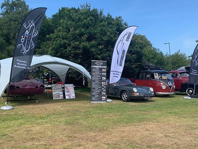 We had an absolutely fantastic day trading at Classics on the Common yesterday with @hertfordshirevehiclestorage. It was great chatting to lots of old faces and meeting many new! We can't wait to get cracking on some of the exciting new builds booking in. Thanks to all of the team and customers who turned up to be part of our display! 13 past restos of ours all in one place which was pretty cool. #ccr #ccruk #classicsonthecommon #harpenden #classiccars #restoration #hertfordshire #volksworld #classicporsche #classicmini #karmammghia #splitscreen #baywindow #lowmus #vwmafia #hothothot🔥