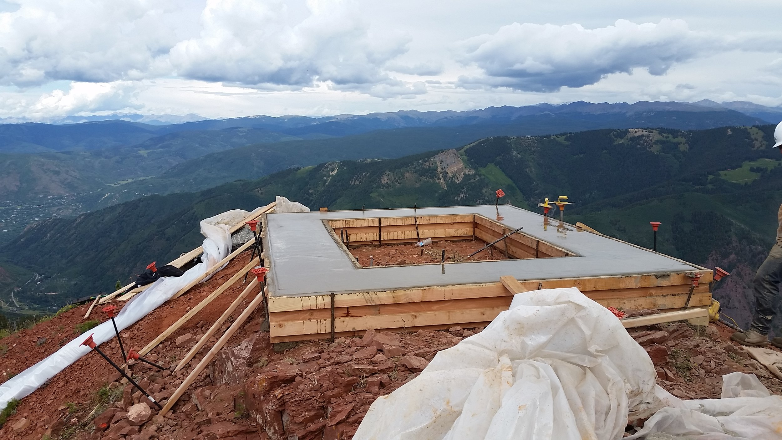 Foundation construction at Loge Peak