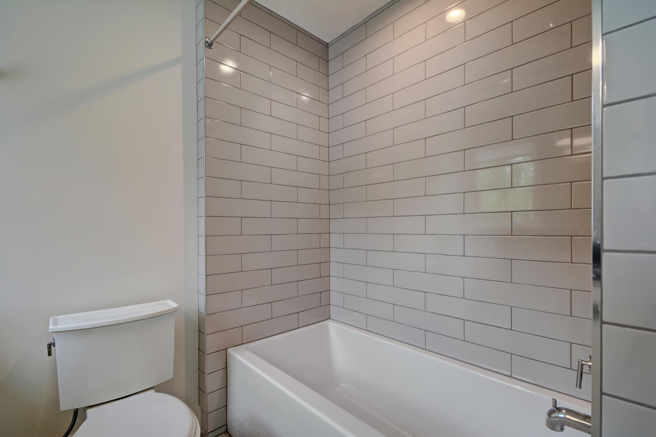 1503 Richcreek Rd Unit A-print-018-24-Other Bath 04-4200x2801-300dpi.jpg
