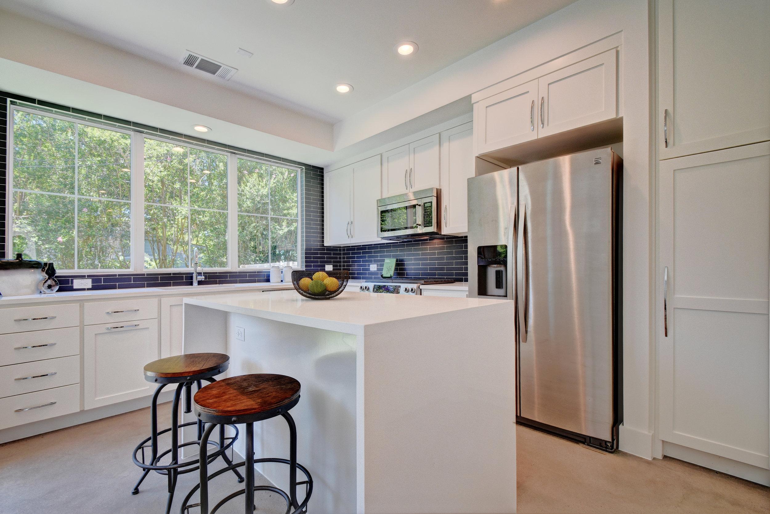 1503 Richcreek Rd Unit A-print-010-42-Kitchen and Breakfast 001-4200x2800-300dpi.jpg