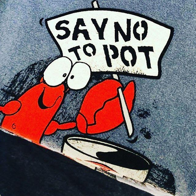 "Belgian T-Shirt humor (for ""lobstah"" lovers...) . . #shopsmall #shoplocal #visualmerchandising #retail #branding #berkshirefoodies #bostonfoodies #lafoodies #nyfoodies #bostoneats #laeats #nyeats #massachusetts #newengland #greatbarrington #connecticut #newyork #newjersey #longisland #boston"