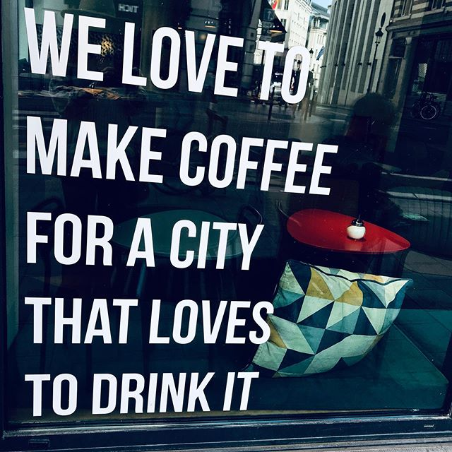 #latte #love (!) . #shopsmall #shoplocal #visualmerchandising #coffeeshop #windowdisplays #retail #marketing #branding #greatbarrington #berkshirefoodies #visittheberkshires #newengland #massachusetts #bostoneats #bostonfoodies #laeats #lafoodies #nyceats #nycfoodies #newjersey #newyork #connecticut #longisland #brooklyn #travelphotography