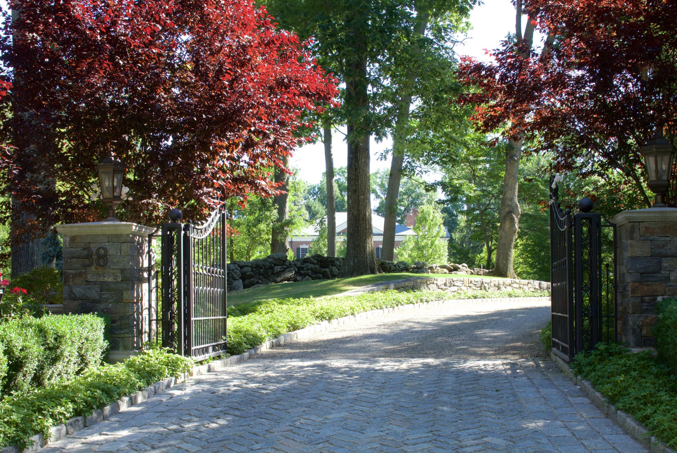 Masonry driveway in Bedford, NY