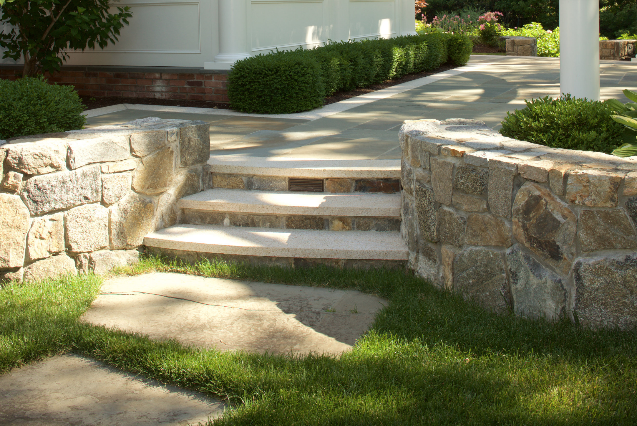 natural stone masonry landscape in Bedford, NY