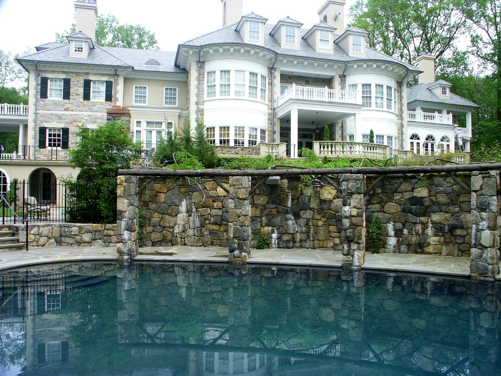 pool and pergola.jpg