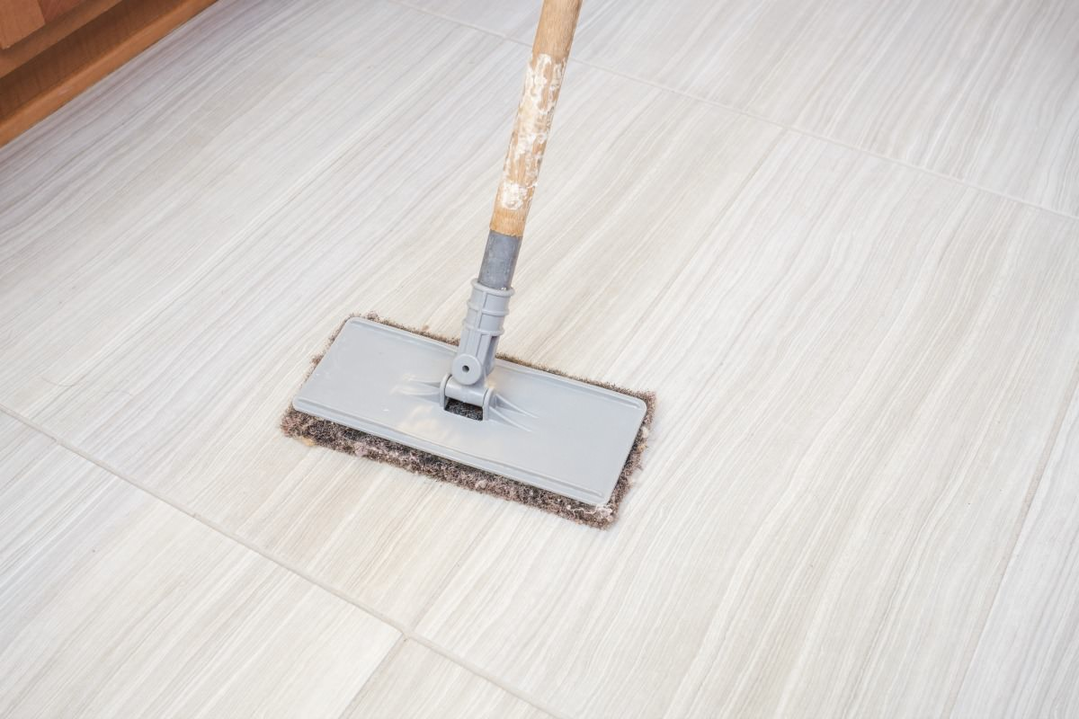 Tile Cleaning + Sealing = Happy Homes | MrsGrout.com