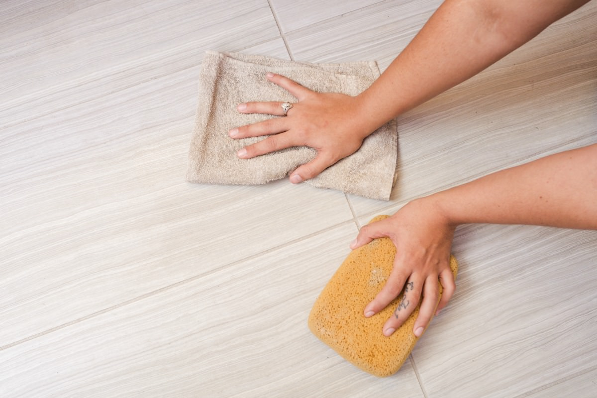Grout Cleaning in Spring Hill, Florida | MrsGrout.com