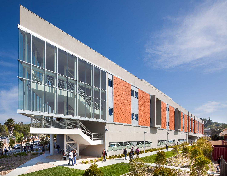 013 Palomar College.jpg