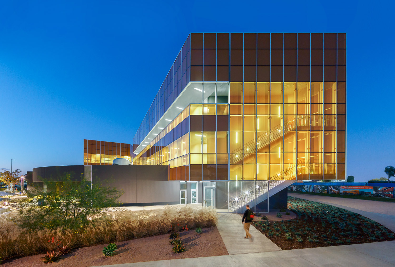 005 Orange Coast College Computer Learning Center.jpg