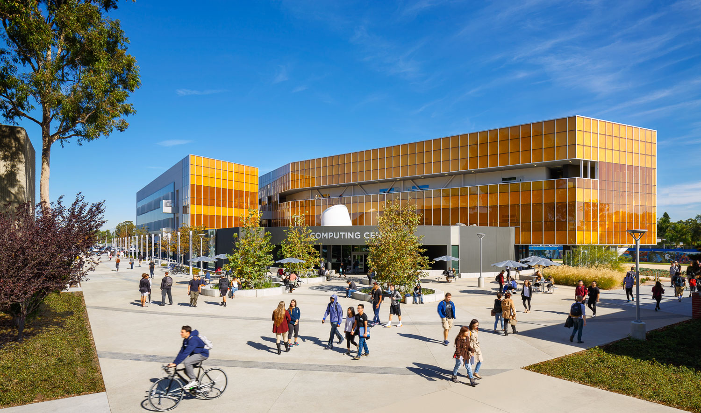 006 Orange Coast College Computer Learning Center.jpg