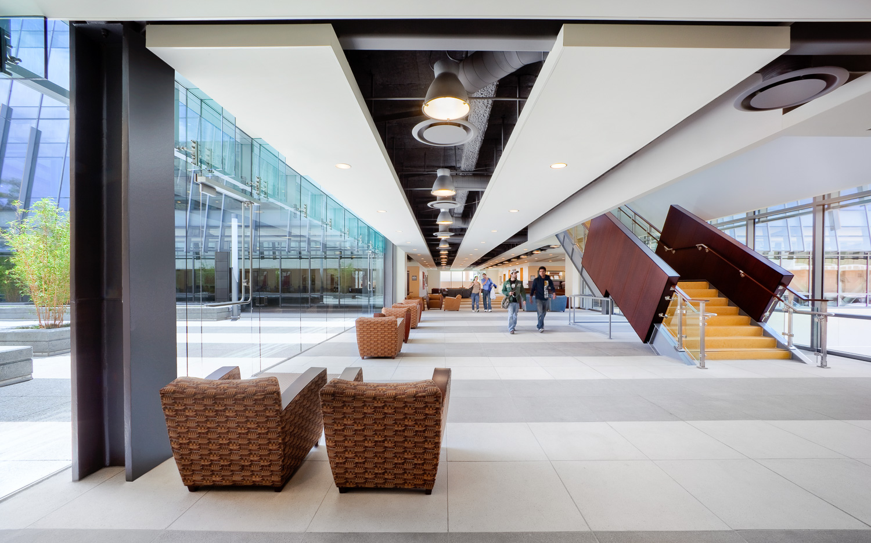 002 Dominguez Hills University Library.jpg