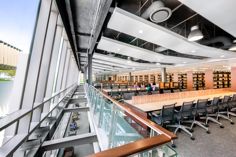 003 Dominguez Hills University Library.jpg