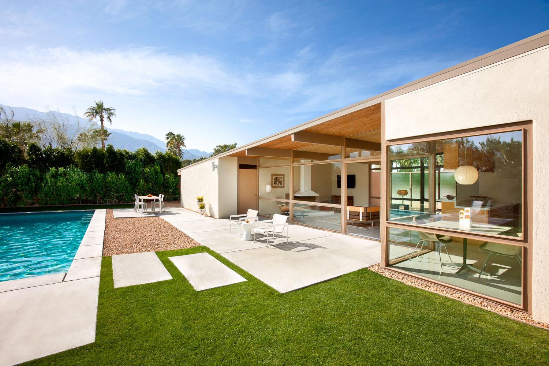 003 Palm Springs Residence.jpg