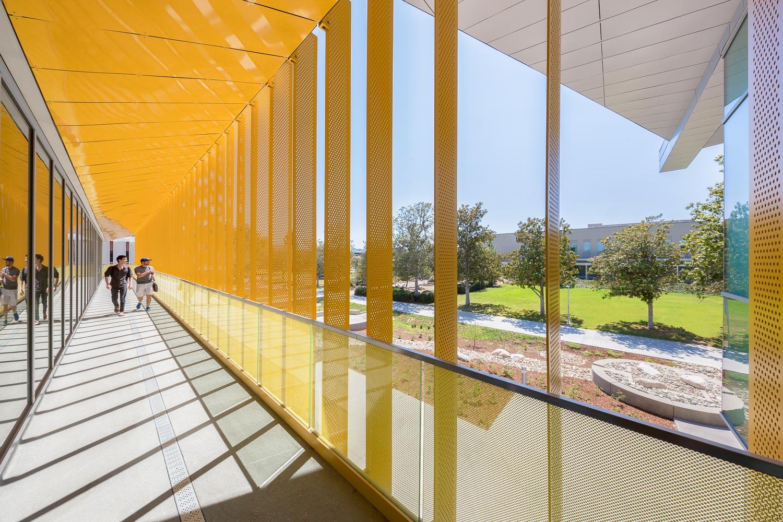006 Los Angeles Valley College.jpg