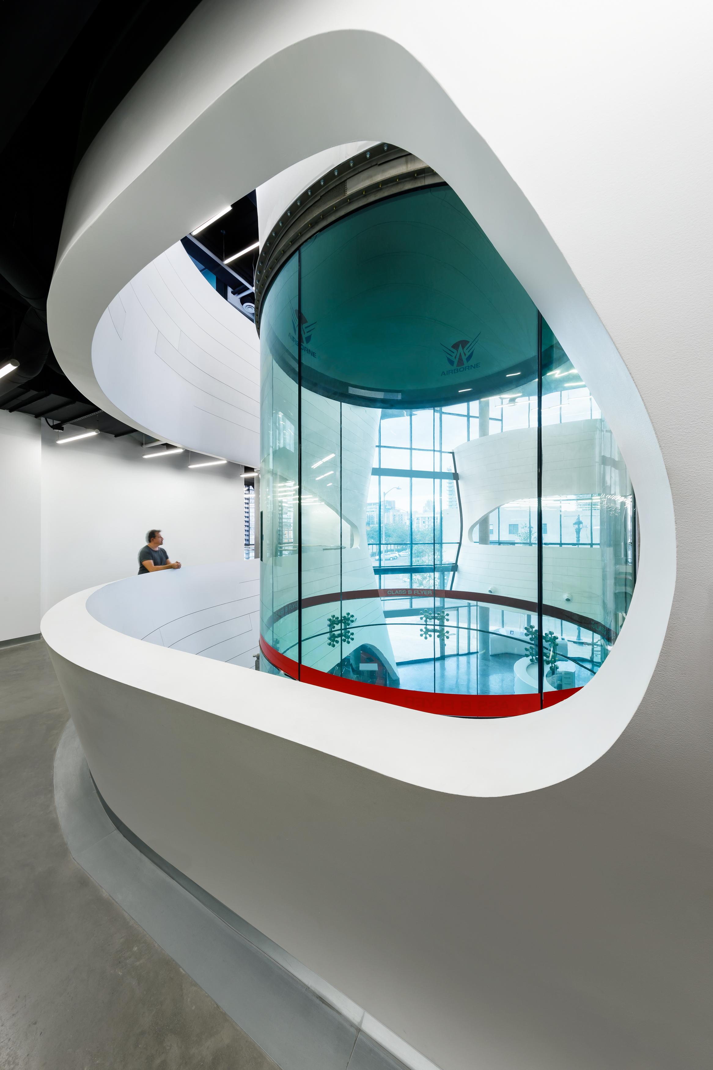 007 Airborne Sky Diving Center.jpg