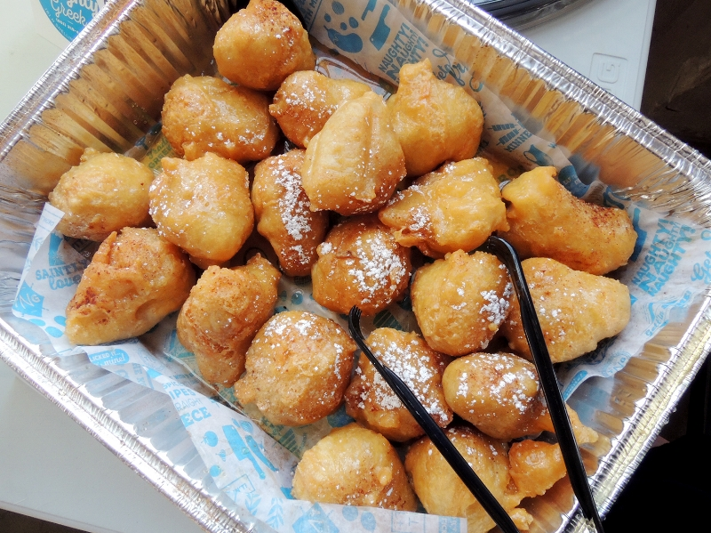 loukoumades: donuts!