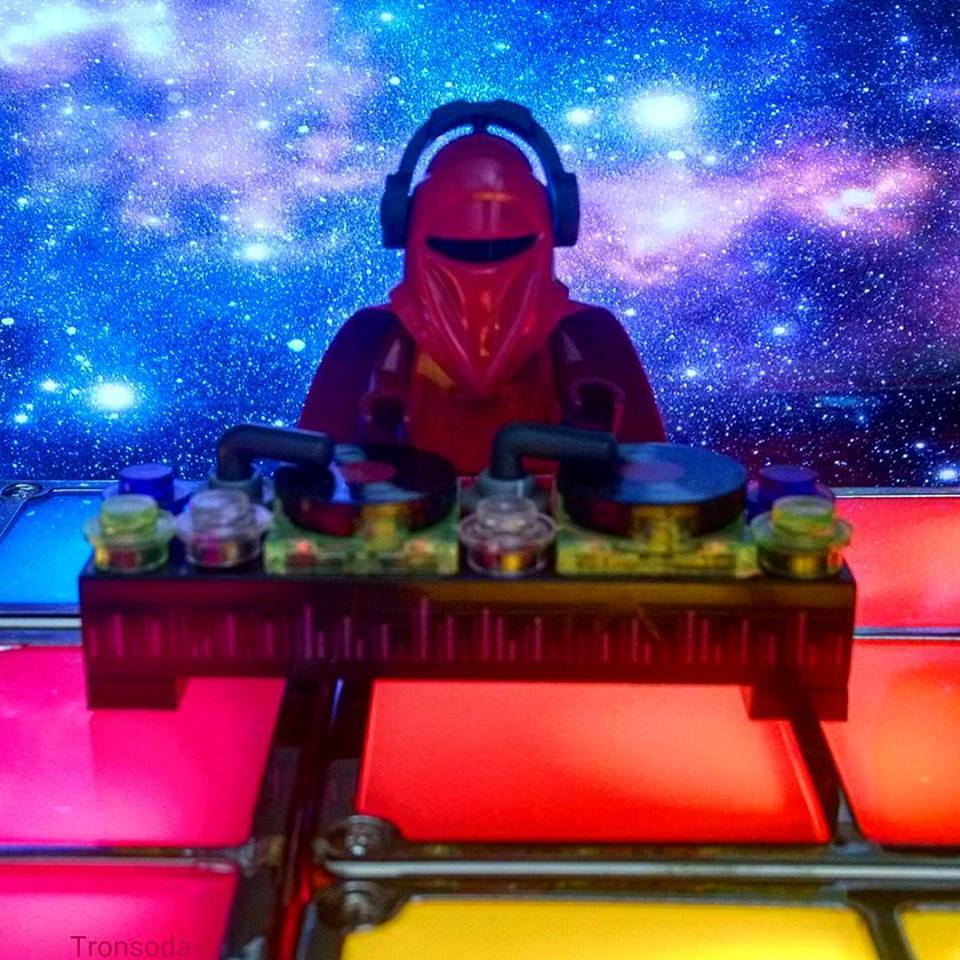 Galactic DJ