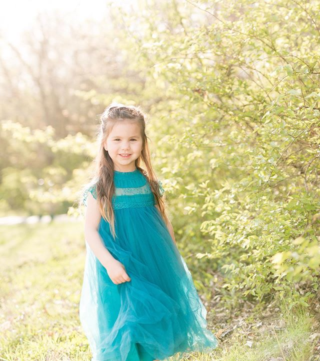 Sunshine and twirls✨ Such a pretty little lady.