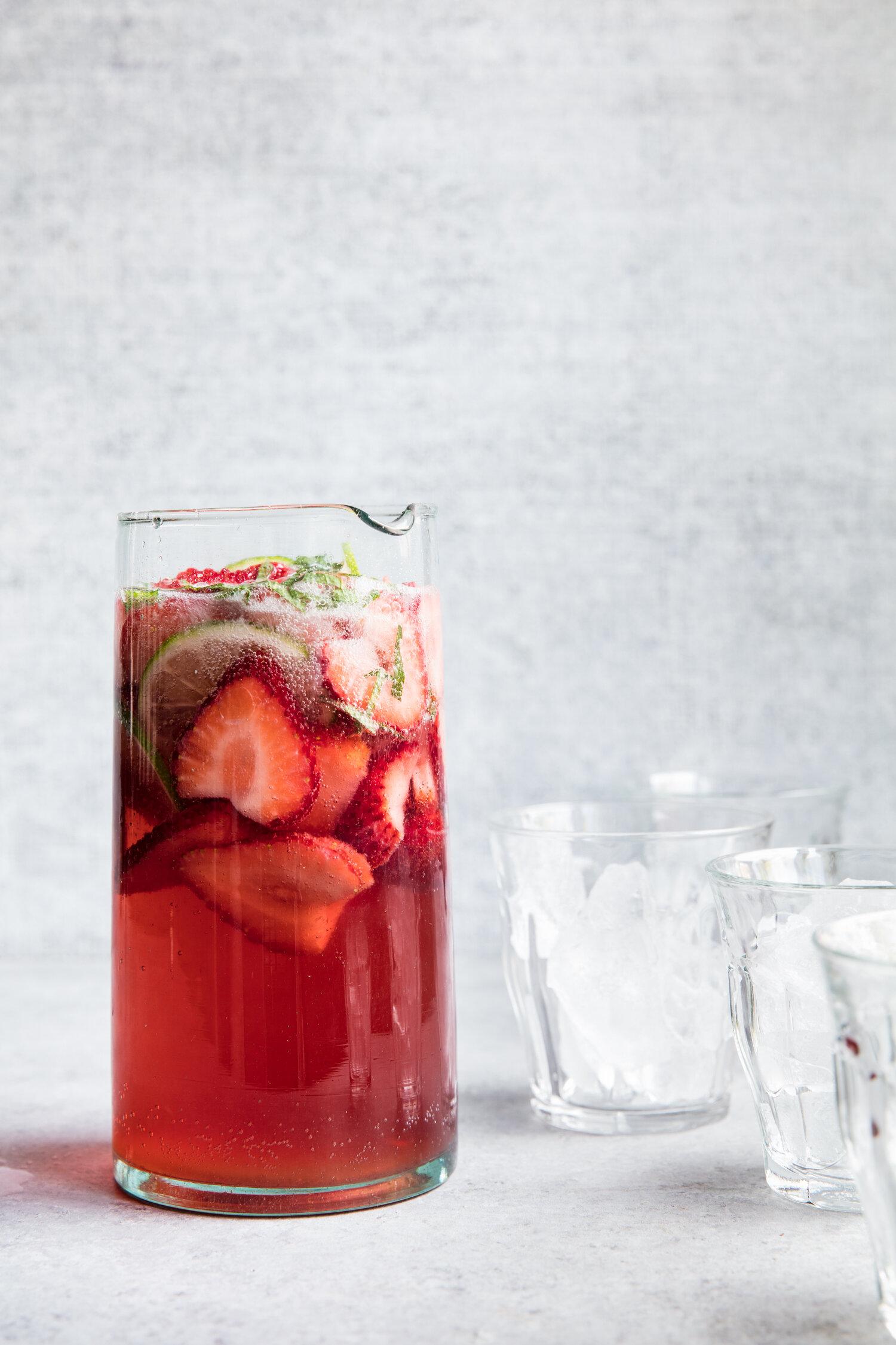 erin-scott-san-francisco-california-natural-light-editorial-drink-photographer-edible-communities-strawberry-sangria-9488.jpg
