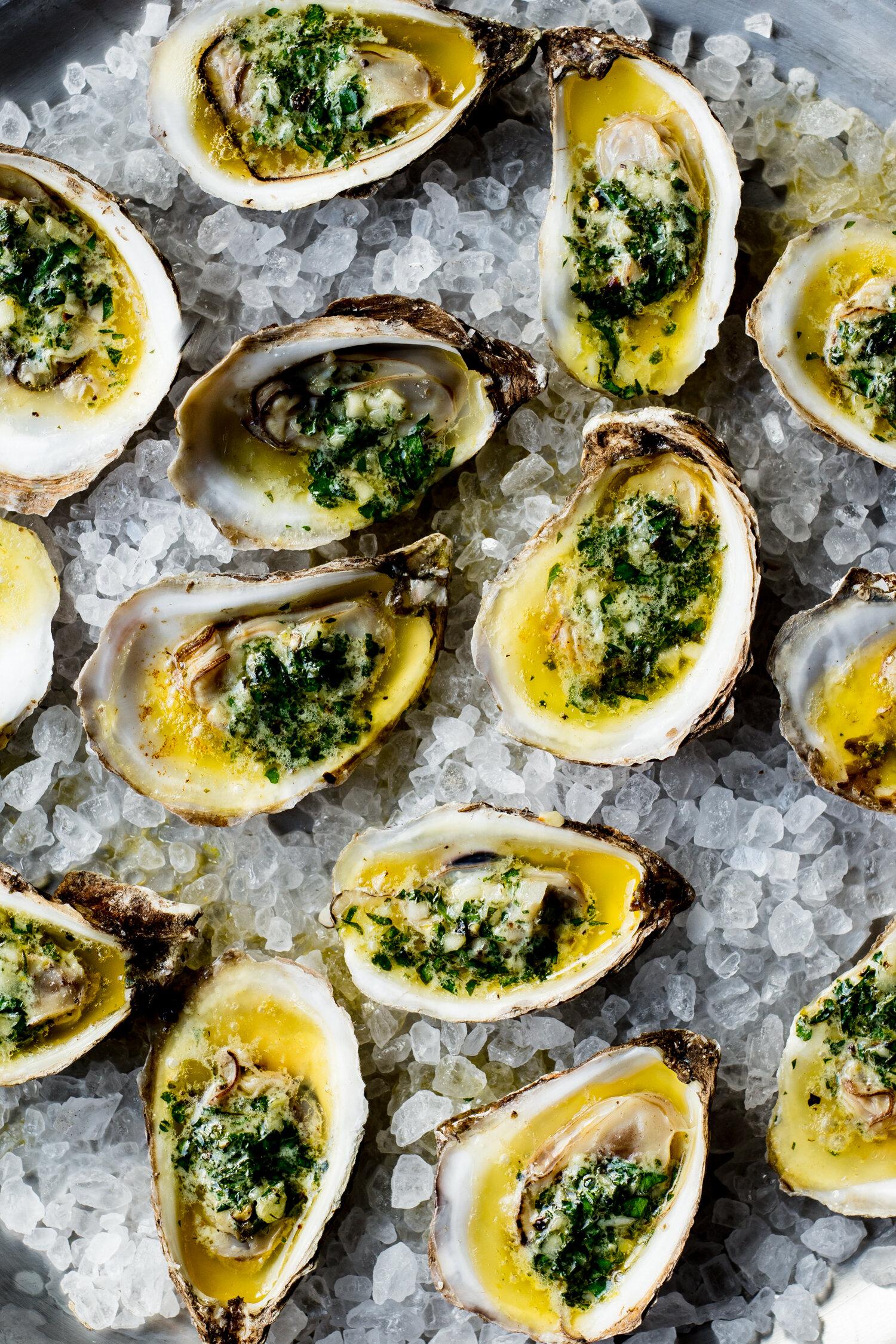 erin-scott-san-francisco-california-natural-light-editorial-food-photographer-edible-communities-broiled-oysters-on-salt-7585.jpg