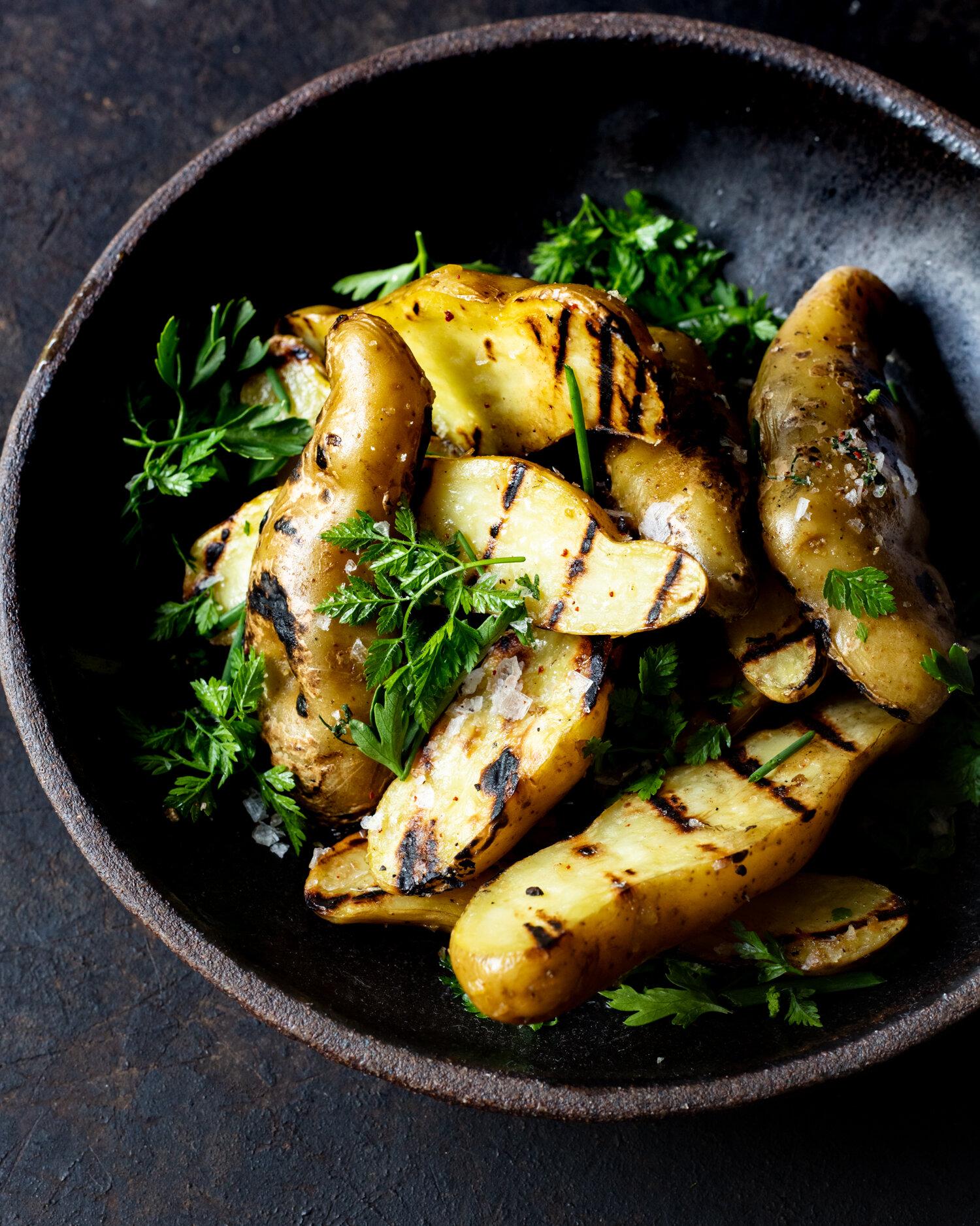 erin-scott_san-francisco-california-food-photographer-natural-light-editorial-grilled-potatoes-dark-georgedolese_may2019-1838.jpg
