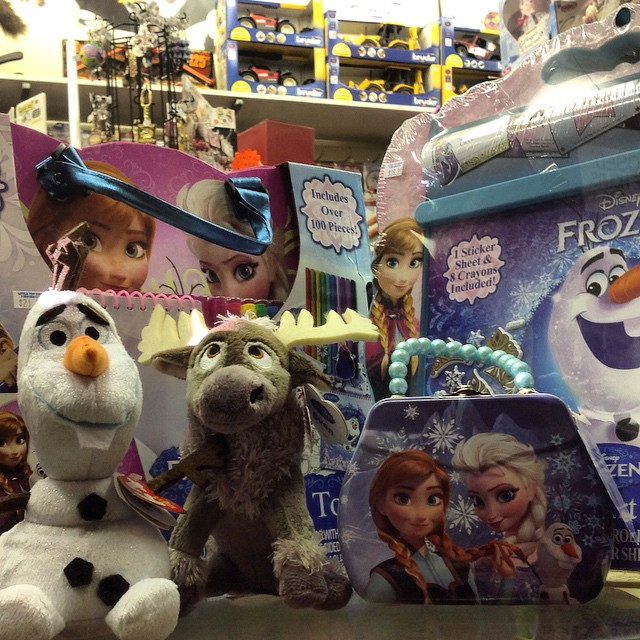 Frozen is at the Little Toy Shop! Perfect for every little girl! #olaf #sven #frozen #toys #nola #frenchquarter #neworleans #color #activityset