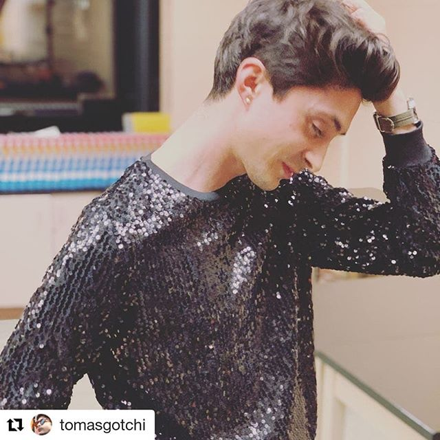 Guys... look at this pic. Smolder does not begin to describe it 🔥🔥🔥@topman @Zara @forever21men @asos - call this kid!! You're missing out 😎  #Repost @tomasgotchi (@get_repost) ・・・ yes, i posed. but i had #sparkles 📷: @mr_dlh