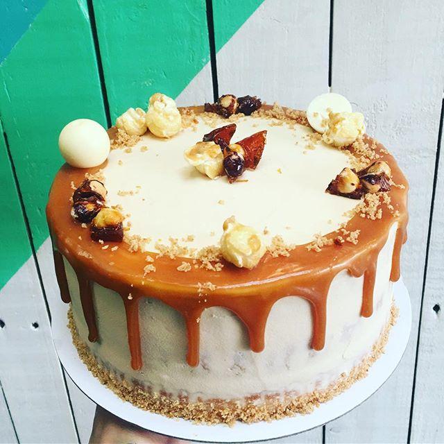 Our #signature #vanilla & #homemade #saltedcaramel #spongecake w/ #hazelnut #praline is the #favourite #cake here @tootingmarket #nuvolalittlebakery #alittlebakery #tooting #london #perfect as a #birthdaycake #celebration #gift #dinner #dessert • • • #organic #delicious #yummy #dripcake #instacake #instagood #cakesofinstagram #cakes #sweettreats #localbakery #smallbusiness