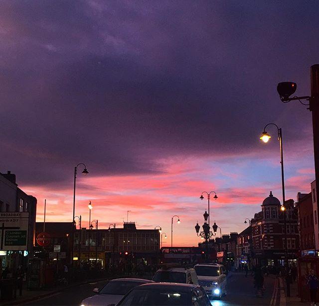 #gorgeous #sky #tonight and #nofilter in #tootingbroadway #sunset #london #nature #ilovemycity #autumn #clouds