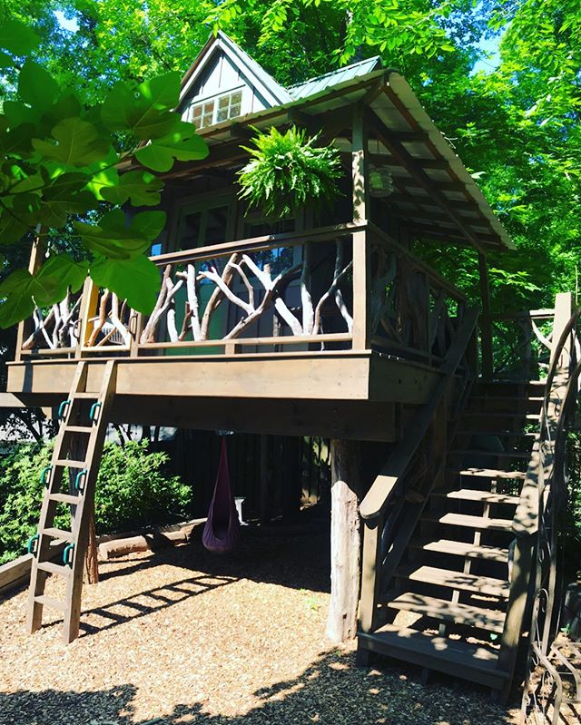 Rocky Creek Bungalow.  #backyardkingdom #treehouse #customparadise