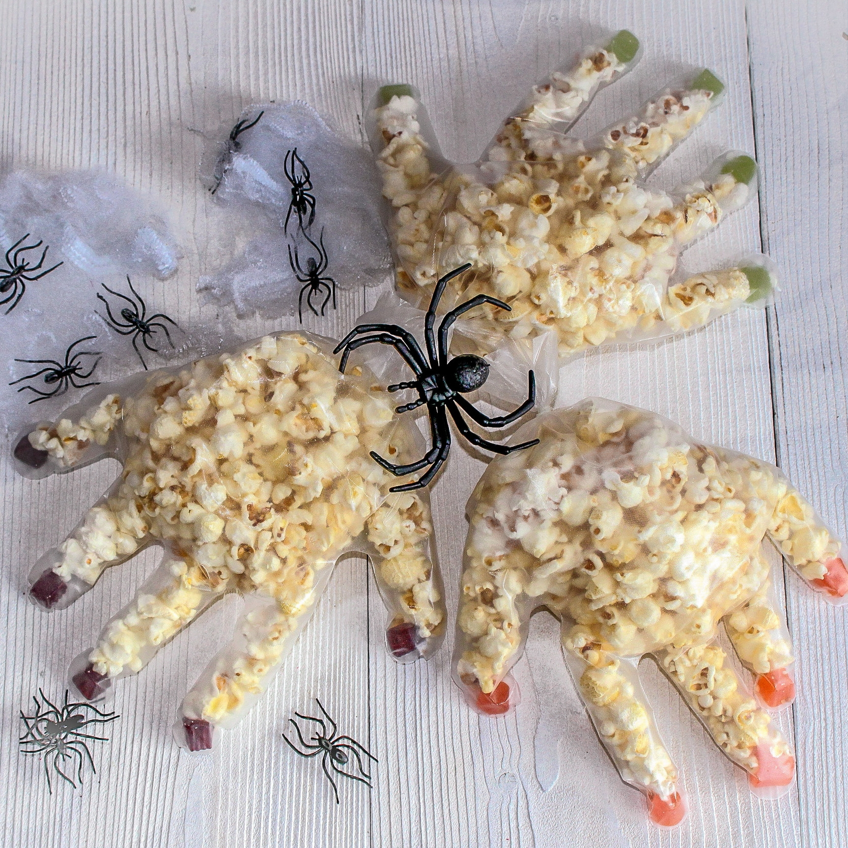 THE ORGANIC COOKERY SCHOOL HALLOWEEN SPOOKY POPCORN HANDS
