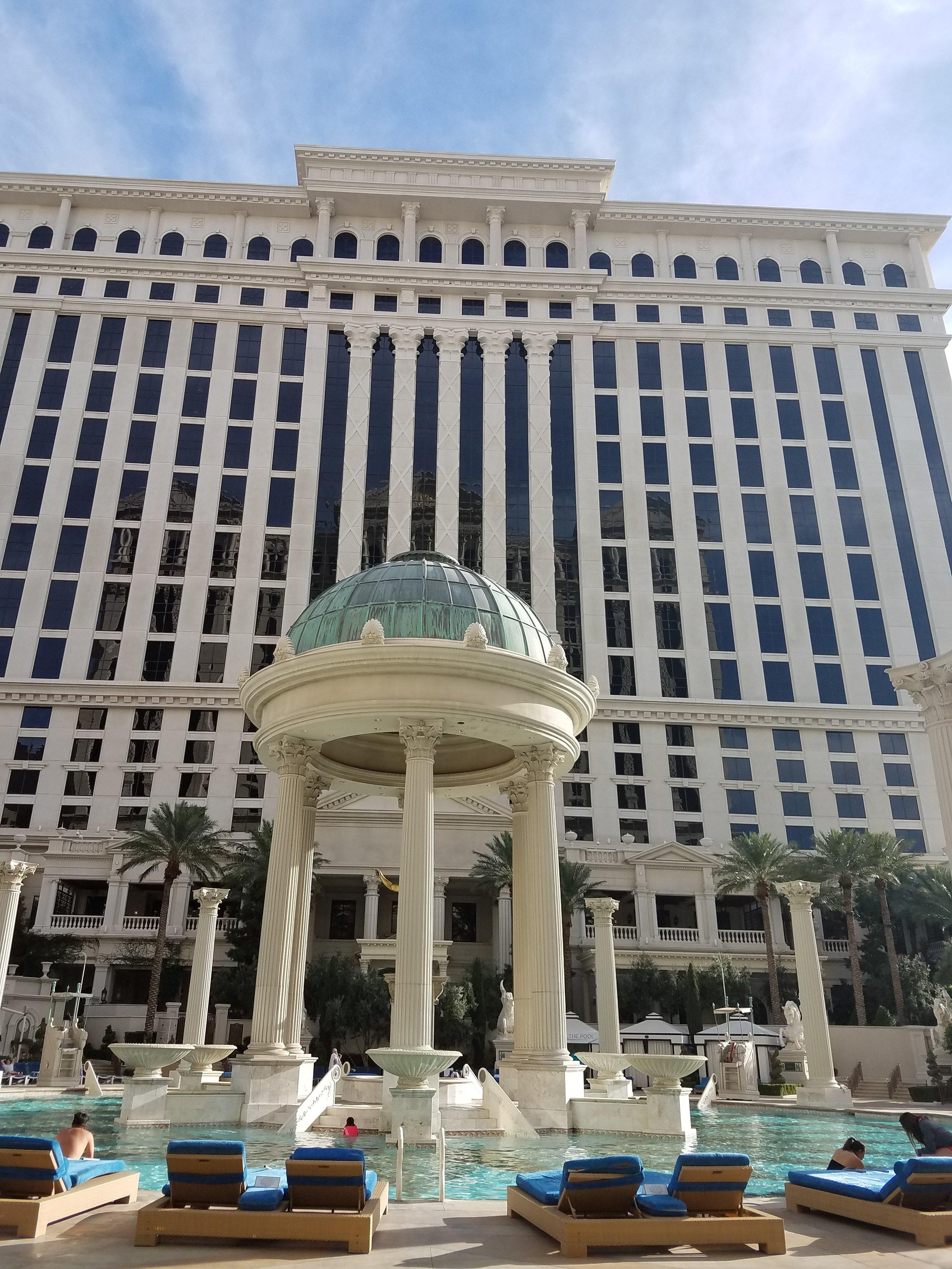 poolside caesars palace