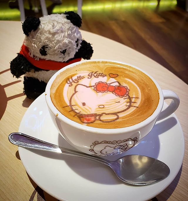 When Kitty (and Panda) meets #hellokitty 😍🐱🐼☕ . . . I was soooooo excited to visit the @sanriohellokittyhousebangkok in Bangkok and wanted to order EVERYTHING!!! I wasn't planning to order coffee since it was late in the evening, but boy am I glad I did - LOOK HOW PRETTY IT IS!!! I was a little sad when sugar was added and Hello Kitty's face was stirred and messed around 😭🤣 it was just a gimmick though, cuz as coffee goes, this was just average! . .  #thegreedypanda #thegreedypanda_bangkok #thailand #bangkok #food #foodpics #picoftheday #foodreview #foodbloggers #foodheaven #londonfoodbloggers #londonfoodie #eater #buzzfeast #eeeeats #eatfamous #forkyea #cameraeatsfirst #holiday #streetfood #thaifood #thaifoodstagram #thaifoodlover #sanrio #hellokittylover