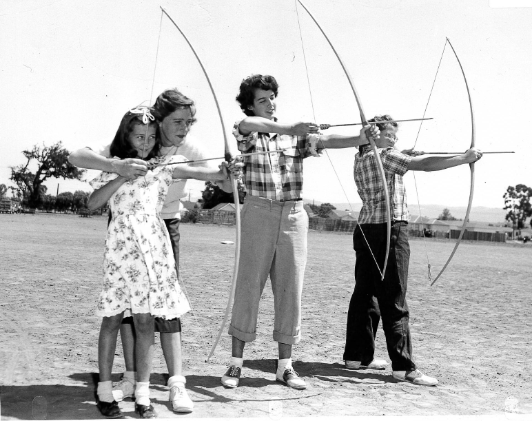 """Image """"Archery"""": Archery lessons at the Recreation Center"""