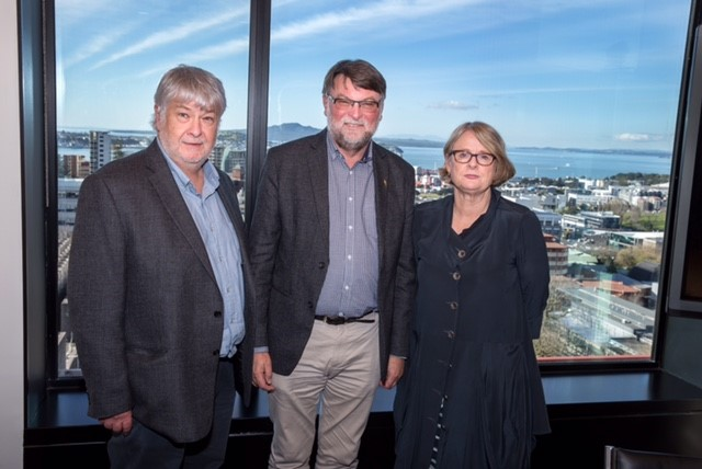 University of Auckland signing of MOU.jpg