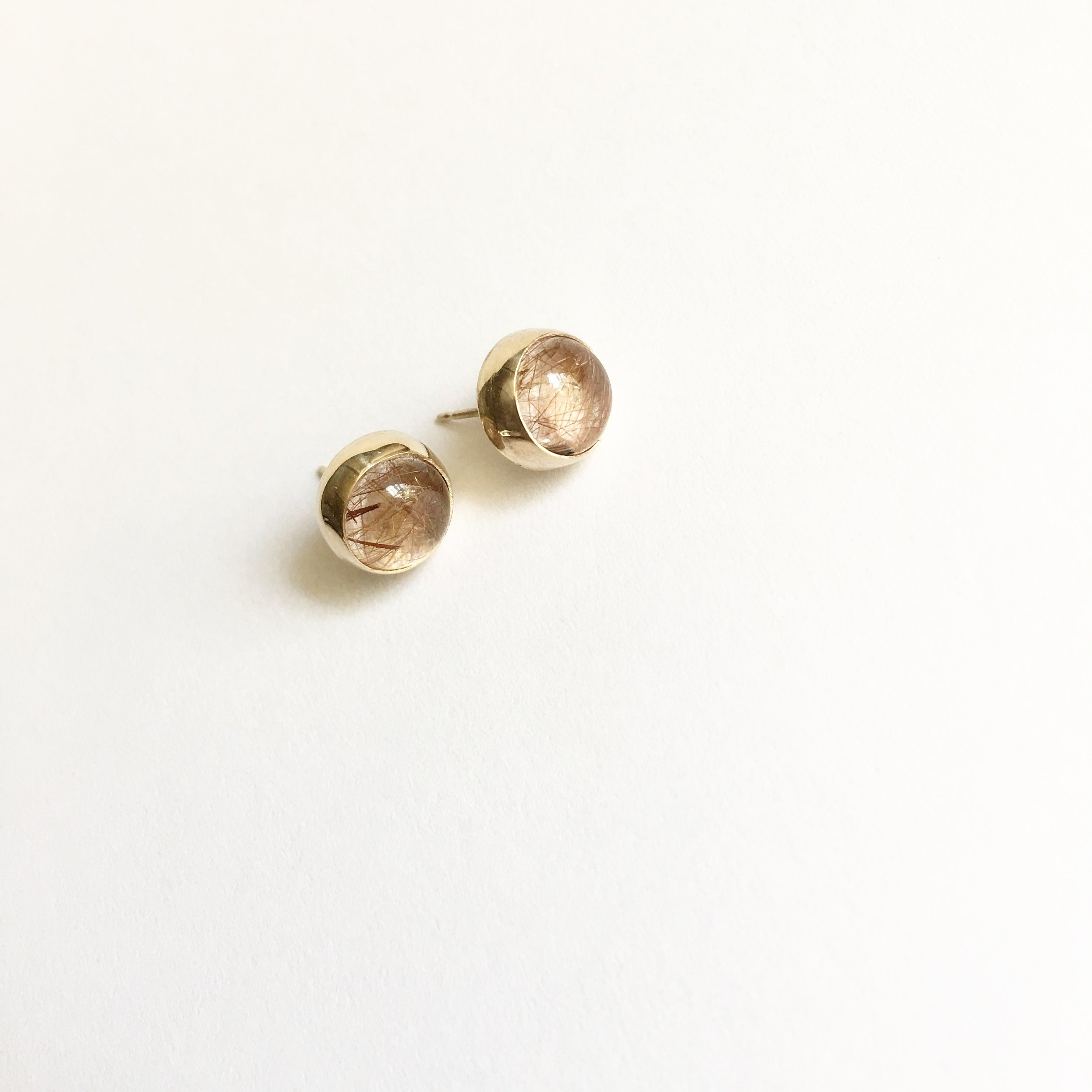 LUXE simple stud