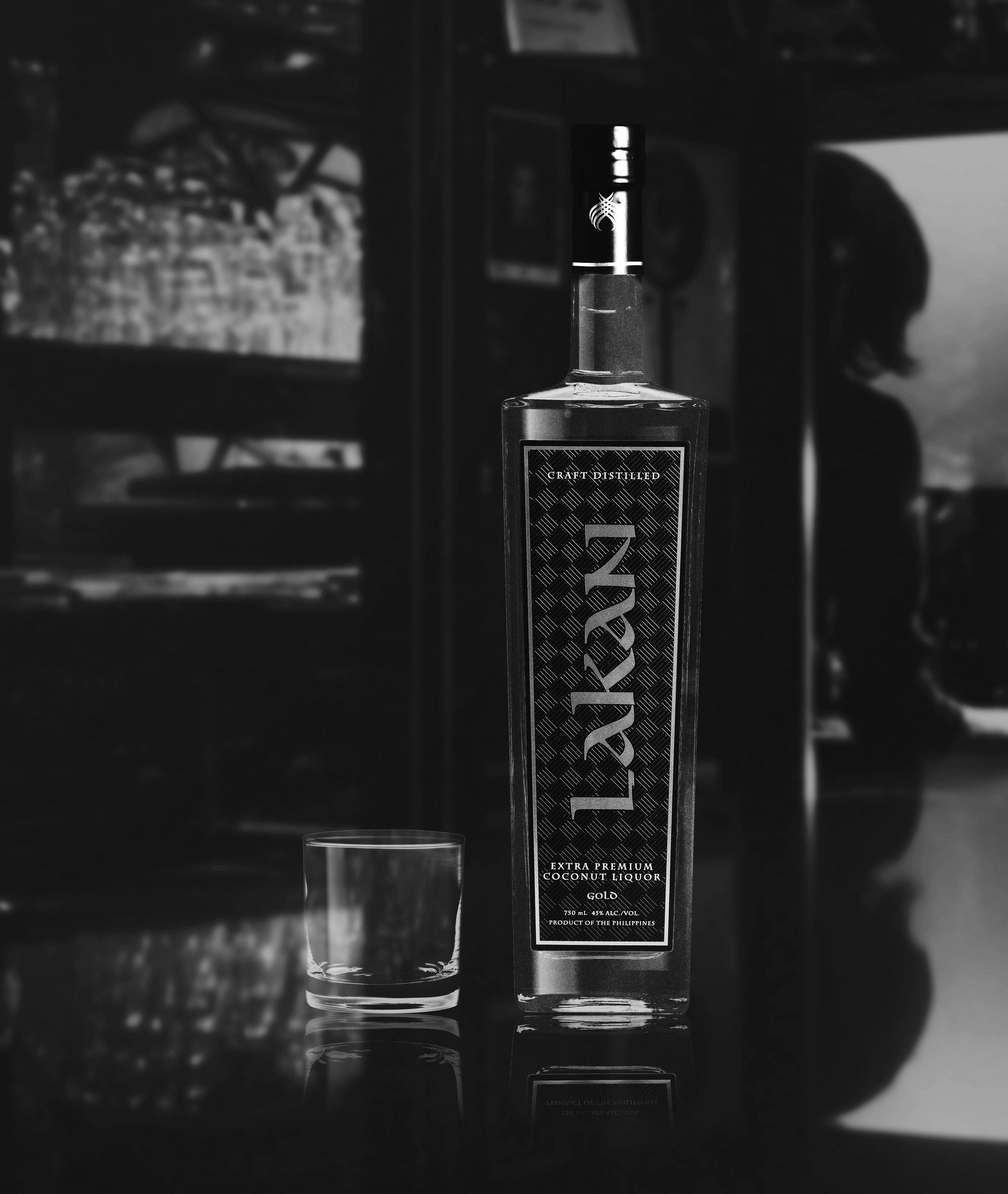 Lakan Bottle BnW 062119 2.jpg