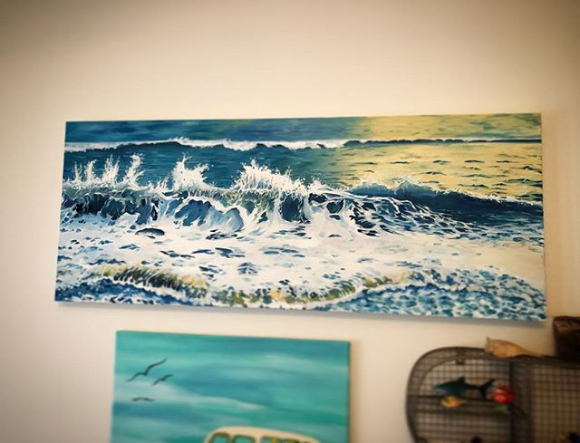 Someone has commissioned a larger version of this wave!! How exciting! She used her gift certificate to ask for exactly what she wanted. #lifeofanartist #myrtlebeach #waves #oilpainting #doitfortheprocess #carveouttimeforart