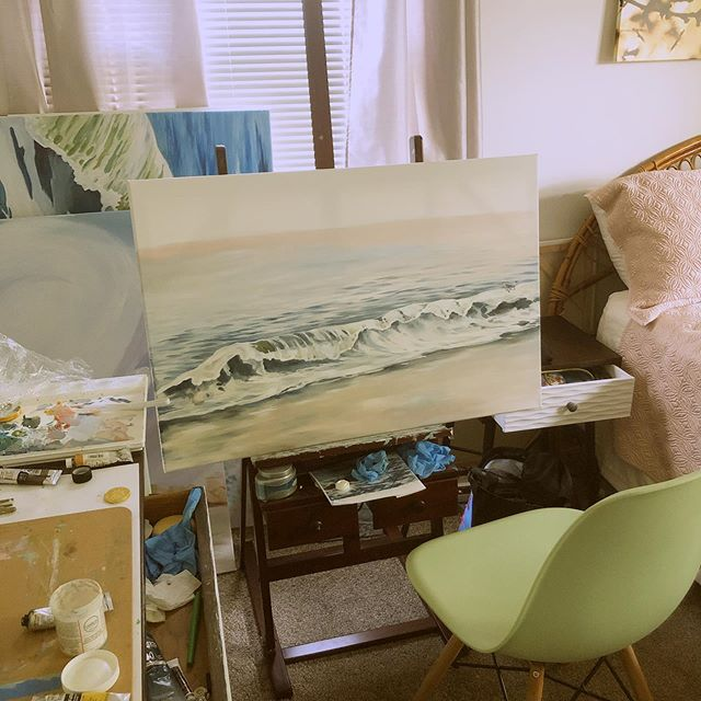 I had a quick painting session last night to try to get back into the swing of things. #originalart #artistsofinstagram #oilpainting #lifeofanartist #ocean #beach #wave