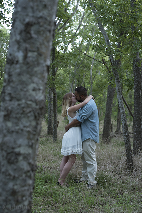 austin-engagement-photos-by-martina-mckinney-falls-16.jpg