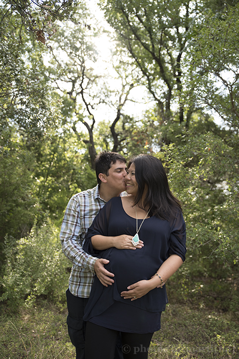 austin-maternity-session-balcones-district-park-13-1.jpg