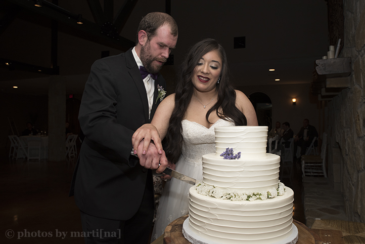red-ridge-receptions-wedding-photos-by-martina-31.jpg